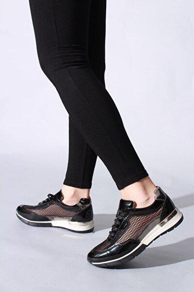 Kadın Siyah Rugan Spor Ayakkabı