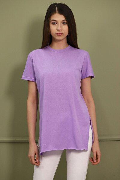 Kadın Mor Bisiklet Yaka Yırtmaçlı T-shirt