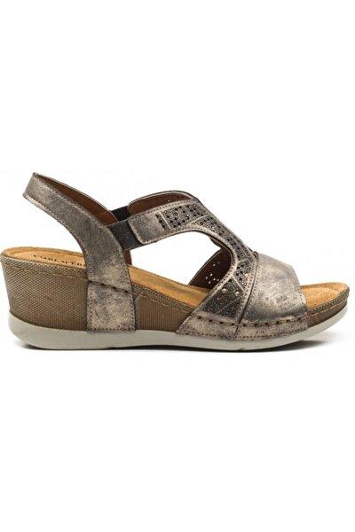 Kadın Altın Yüksek Taban Hakiki Deri Sandalet 110234