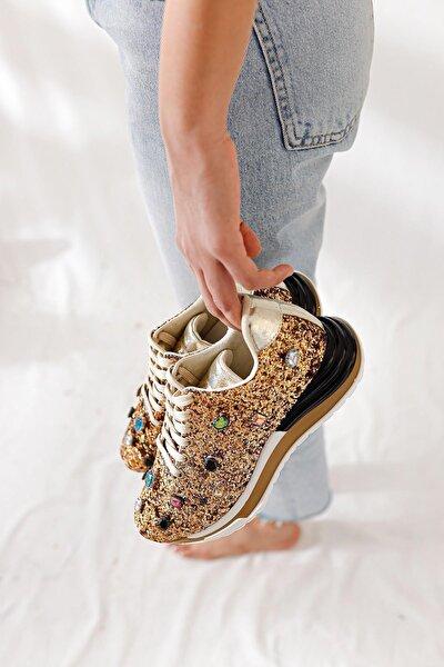 Kadın Altın Pullu Gerçek Taş Detaylı Sneakers