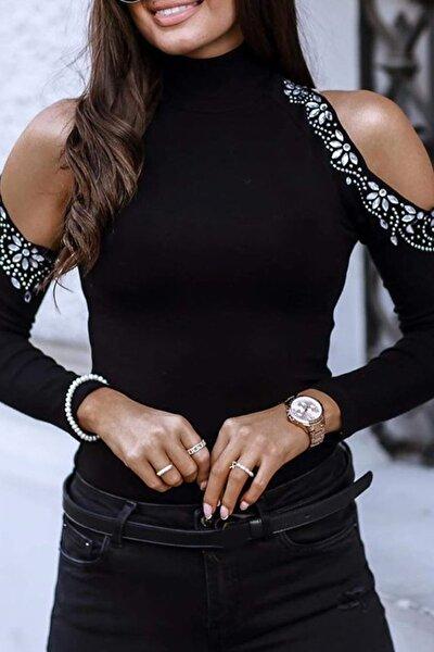 Kadın Siyah Omuz Detaylı Çiçek Motifli Bluz