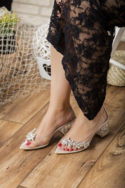 Beyaz Taş Detaylı Şeffaf Kadın Topuklu