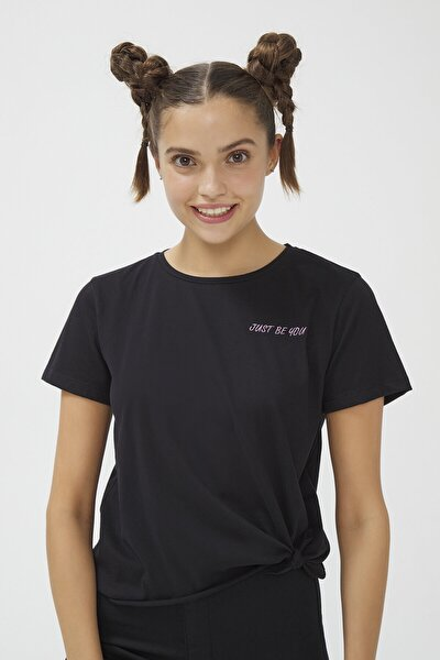 Siyah Bu4u Knotted Tişört