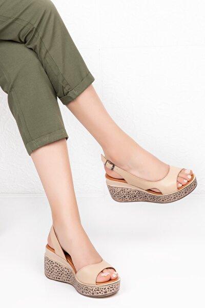 Hakiki Deri Yüksek Dolgu Topuklu Ayakkabı