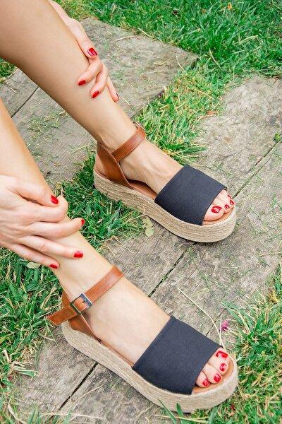 Siyah Kadın Dolgu Topuklu Ayakkabı D432600005