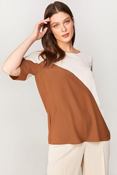 Kadın Latte Renk Bloklu Kısa Kol Bluz 60152 U60152