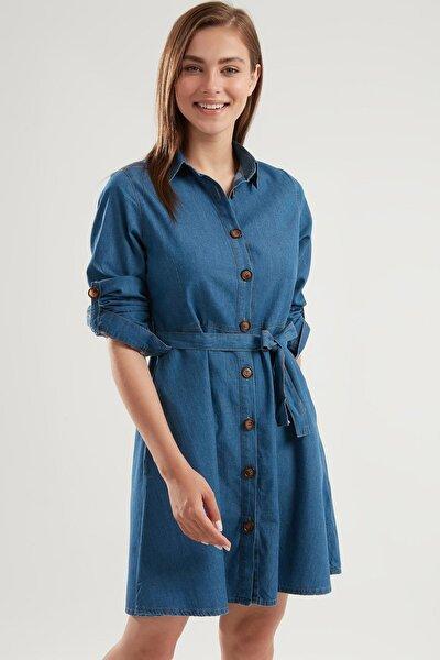 Kadın Denim Kuşaklı Düğmeli Katlanabilir Kollu Kot Elbise PTTY20S-9924