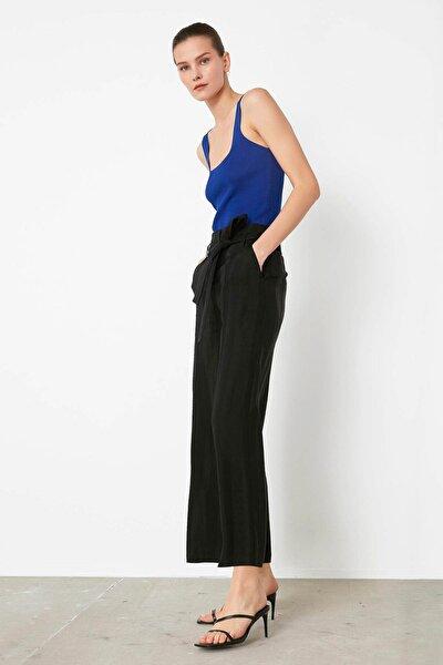 Kadın Siyah Kuşaklı Yüksek Bel Pantolon IS1200003183001