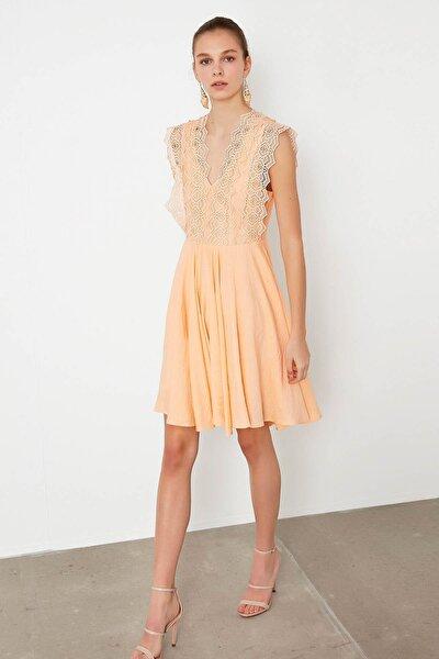 Kadın Pembe Güpür Mixli Elbise IS1200002461039
