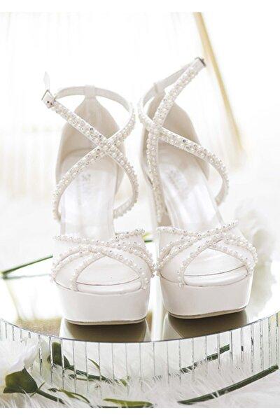 Kadın Beyaz Topuklu Taşlı Ayakkabı