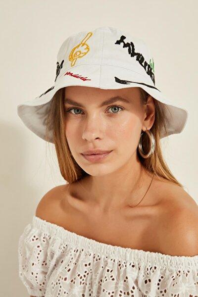 13250 Baskı Detaylı Beyaz Bucket Şapka