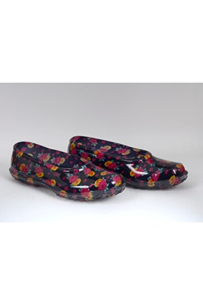 Çiçekli Lastik Ayakkabı