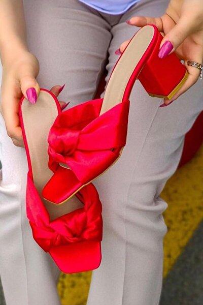 Kırmızı Siyah Renk 6 Cm Topuk Boylu Fiyonk Kadın Terliği