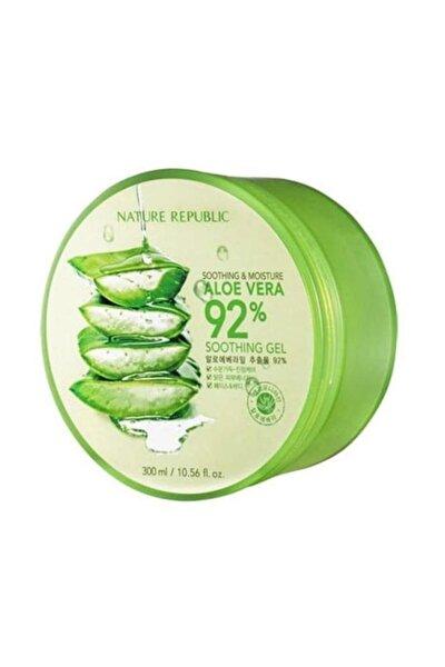 Soothing & Moisture Aloe Vera 92% Soothing Gel - Organik Aloe Yatıştırıcı Jel 300 ml 8806173420377