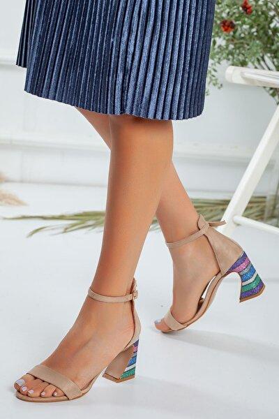 Kadın Bej Renkli Topuklu Bej Ayakkabı