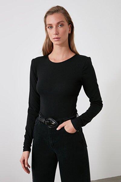 Siyah Vatkalı Çıtçıtlı Örme Body TWOAW21BD0061