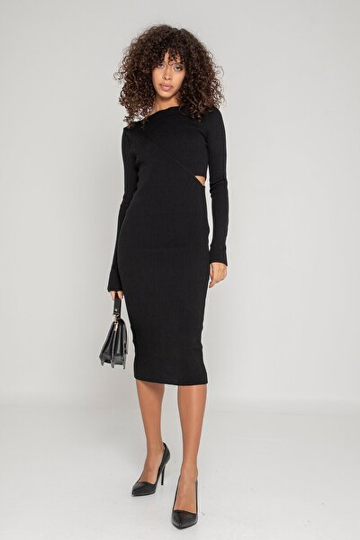 Bel Detaylı Triko Elbise