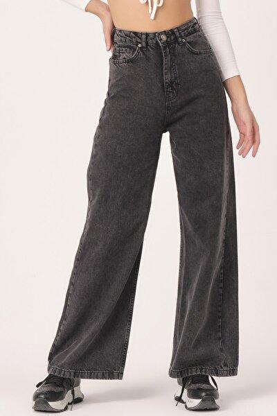 Kadın Füme Renk Flare Kalıp Bol Paça Jean