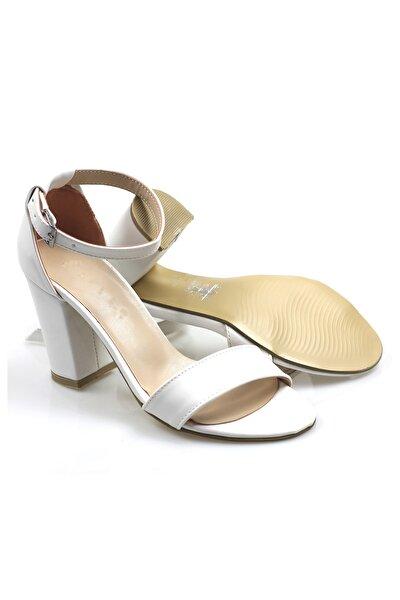 Beyaz Tek Bant Ayakkabı