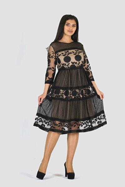 Straplez Yaka Dantel Detaylı Elbise