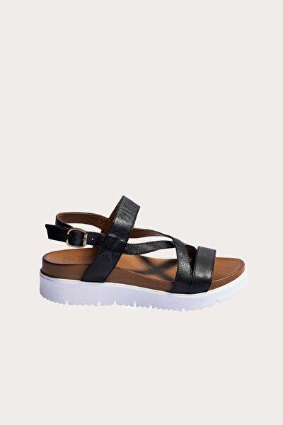 Siyah Deri Kadın Düz Sandalet