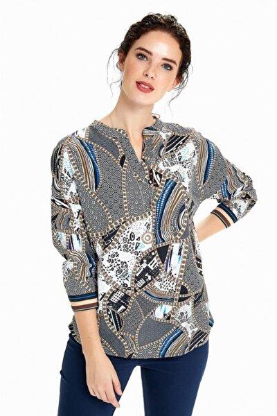 Kadın Kırık Beyaz Kolları Manşetli Desenli Bluz