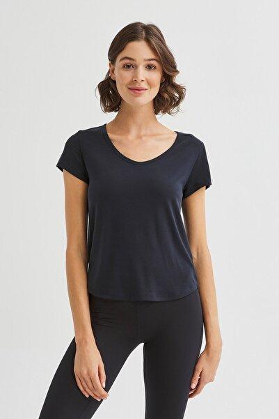 Siyah Sırtı Detaylı Cupro Tişört