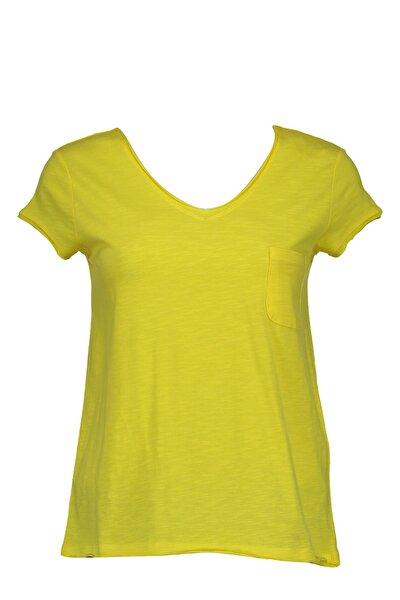 Sarı Önü Cepli V Yakalı Kadın Basic Tshirt