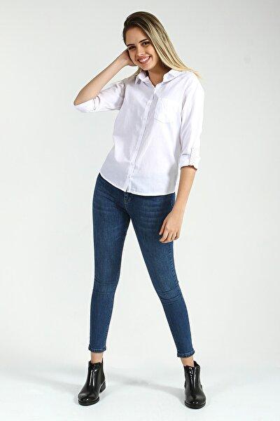 Beyaz Önü Cepli Katlanabilir Uzun Kollu Kadın Gömlek