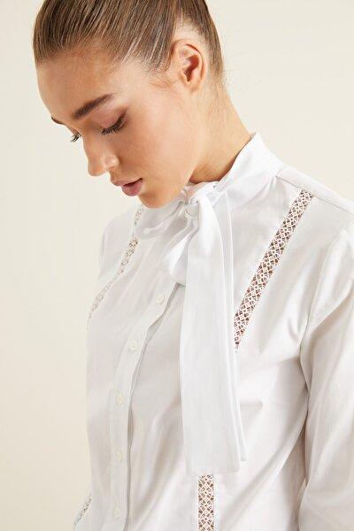 Kadın Beyaz Dantel Şeritli Poplin Gömlek