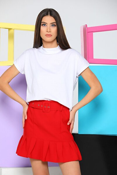 Kadın Beyaz Yarım Boğazlı Crop T-shirt