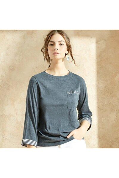 Kadın Nakış Detaylı T-shirt