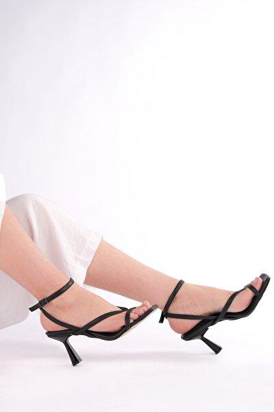 Siyah Kadın Topuklu Ayakkabı 19Y00016IN010