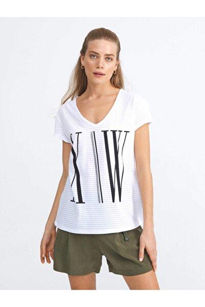 Kadın Rahat Kesim Pamuklu Baskılı T-Shirt