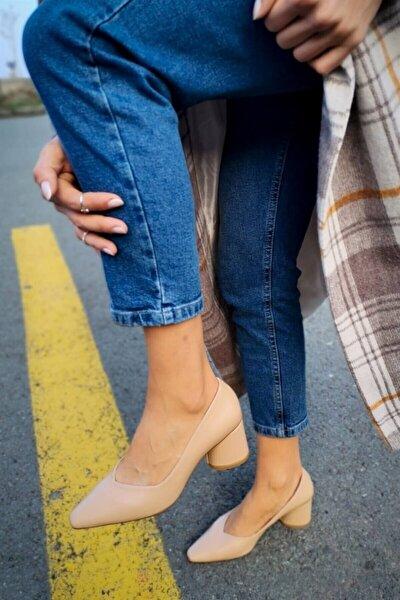 Burke Deri Önü V Kesim Ten Topuklu Ayakkabı