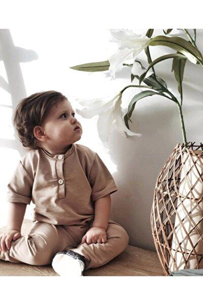 Toprak Rengi Kısa Kollu Kız Erkek Alttan Çıtçıtlı Bebek Tulumu