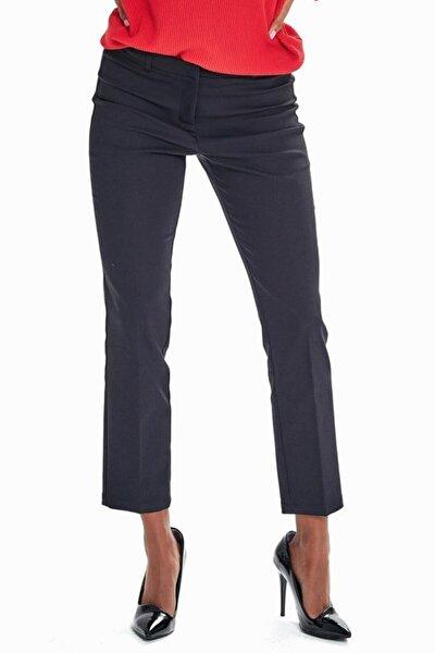 Kadın Siyah Standart Fit Pantolon