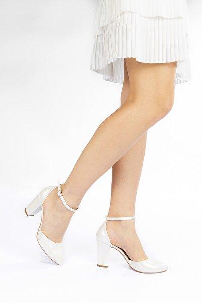 Kadın Sedef Cilt Topuklu Bilek Bağlamalı Klasik Ayakkabı