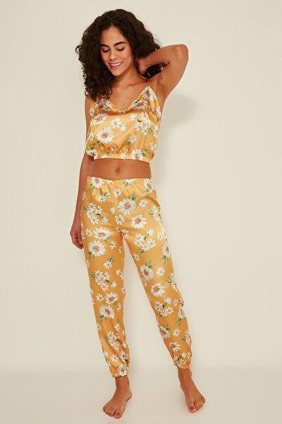 071 Kadın Saten Desenli Büstiyer Pantolon Takım K-16