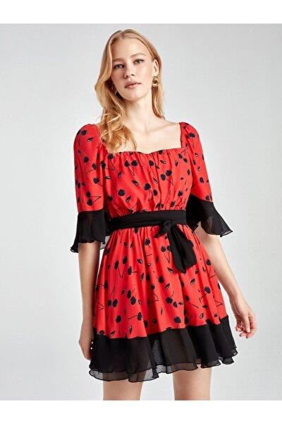 Kontrast Desenli Mini Elbise