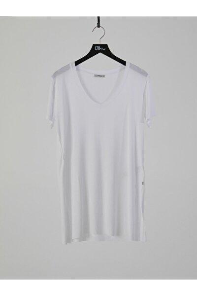 Kadın  Beyaz Kısa Kol V Yaka T-Shirt 012218001961450000