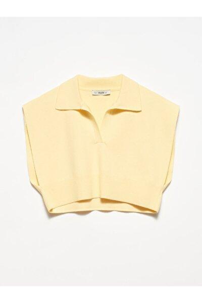1039 Kadın Sarı Polo Yaka Kısa Süveter
