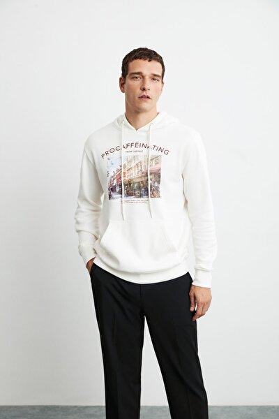 MARCUS Erkek Ekru Önü Baskılı Kapüşonlu Sweatshirt