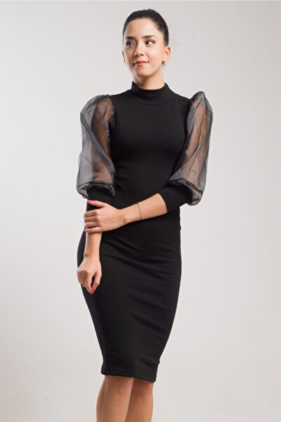 Kol Detaylı Triko Elbise