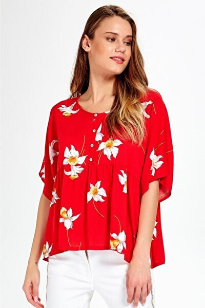 Kadın Kırmızı Önü Düğmeli Robalı Desenli Bluz 019-02-3002