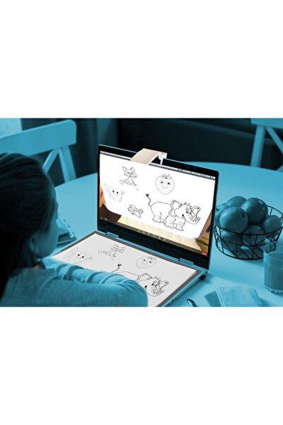 Uzaktan Online Eğitimde Öğrenci Ve Öğretmenler Için Kamera Aynası