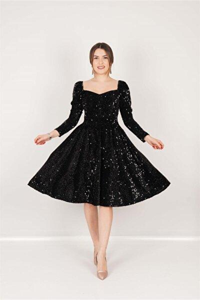 Kadife Payet Kalp Yaka Elbise - Siyah