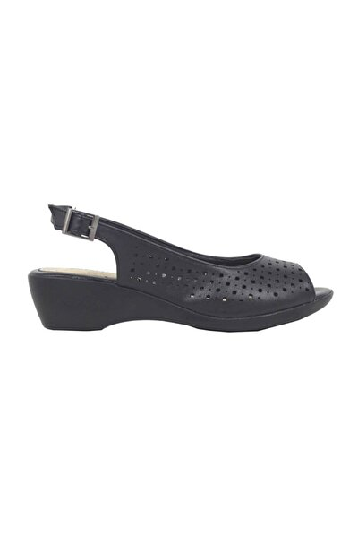 91.156613.Z Siyah Kadın Sandalet 100379941