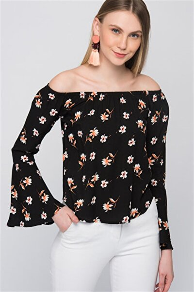 8102597 Viskon Desenli Madonna Yaka Kolucu Volanlı Bluz Sıyah Çıçek Desen