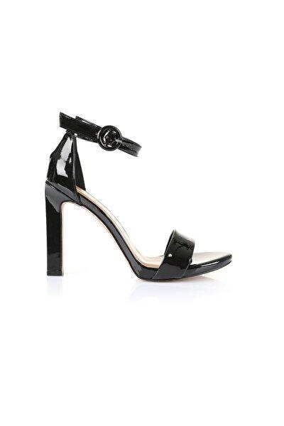 Carmen Siyah Topuklu Ayakkabı